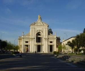 zuzka_musilova_na_cestach_basilica_santa_maria_-degli_angeli792
