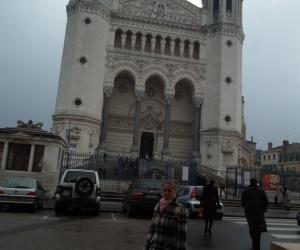 zuzka_musilova_na_cestach_basilika_notre_dame_fourviere_a_cathedrale_saint_jean_lyon_2827