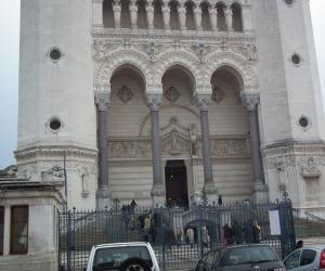 zuzka_musilova_na_cestach_basilika_notre_dame_fourviere_a_cathedrale_saint_jean_lyon_2829