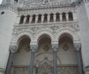 zuzka_musilova_na_cestach_basilika_notre_dame_fourviere_a_cathedrale_saint_jean_lyon_2833