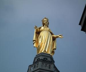 zuzka_musilova_na_cestach_basilika_notre_dame_fourviere_a_cathedrale_saint_jean_lyon_2856
