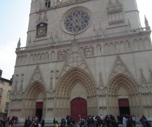 zuzka_musilova_na_cestach_basilika_notre_dame_fourviere_a_cathedrale_saint_jean_lyon_2868