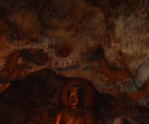 zuzka_musilova_na_cestach_cave_ton_perak_temple1279
