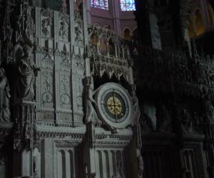 zuzka_musilova_na_cestach_chartres_katedrala_notre_-dame_interier651