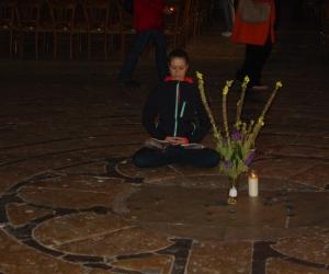 zuzka_musilova_na_cestach_chartres_katedrala_notre_-dame_labyrint750