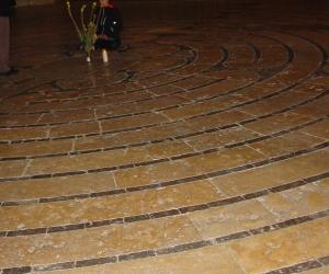 zuzka_musilova_na_cestach_chartres_katedrala_notre_-dame_labyrint753
