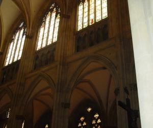 zuzka_musilova_na_cestach_katedrala_dom-_st-_peter_regensburg949
