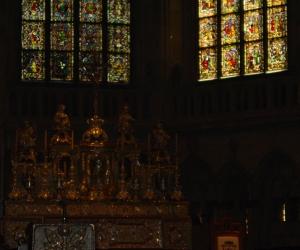 zuzka_musilova_na_cestach_katedrala_dom-_st-_peter_regensburg953