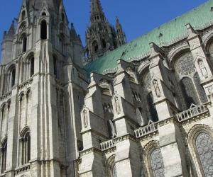 zuzka_musilova_na_cestach_chartres_katedrala_notre_-dame_exterier602