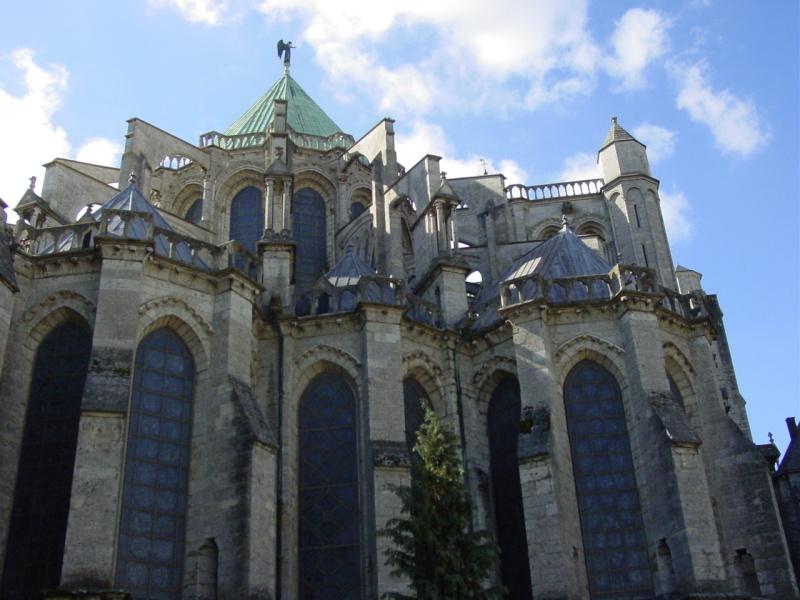 zuzka_musilova_na_cestach_chartres_katedrala_notre_-dame_exterier614