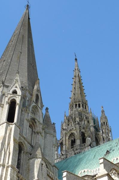 zuzka_musilova_na_cestach_chartres_katedrala_notre_-dame_exterier624