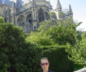 zuzka_musilova_a_katedrala_notre_dame_v_remesi1