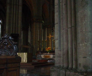 zuzka_musilova_na_cestach_katedrala_notre_dame_v_remesi1043
