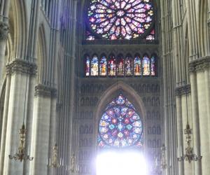 zuzka_musilova_na_cestach_katedrala_notre_dame_v_remesi1061