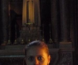 zuzka_musilova_v_katedrale_notre_dame_v_remesi_u_svate_terezy1