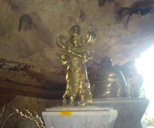 zuzka_musilova_na_cestach_kek_-look_tong_temple_ipoh_1768