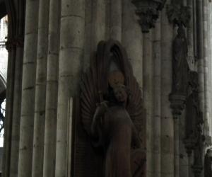 zuzka_musilova_na_cestach_kolner_dom_katedrala_sv_petra_kolin_nad_rynem_2598