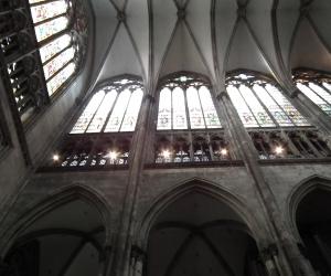 zuzka_musilova_na_cestach_kolner_dom_katedrala_sv_petra_kolin_nad_rynem_2671