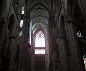 zuzka_musilova_na_cestach_kolner_dom_katedrala_sv_petra_kolin_nad_rynem_2673