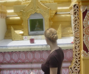 zuzka_musilova_na_cestach_shrine_-of_-dhammikarama_-burmese_-temple_penang_1560