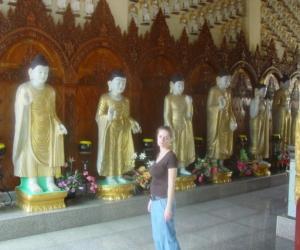 zuzka_musilova_na_cestach_shrine_-of_-dhammikarama_-burmese_-temple_penang_1565