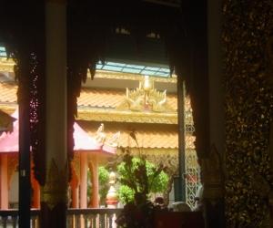 zuzka_musilova_na_cestach_shrine_-of_-dhammikarama_-burmese_-temple_penang_1572