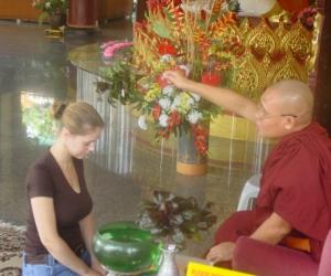 zuzka_musilova_na_cestach_shrine_-of_-dhammikarama_-burmese_-temple_penang_1575