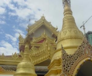 zuzka_musilova_na_cestach_shrine_-of_-dhammikarama_-burmese_-temple_penang_1586