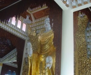 zuzka_musilova_na_cestach_shrine_-of_-dhammikarama_-burmese_-temple_penang_1600