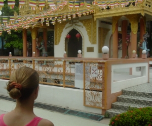 zuzka_musilova_na_cestach_shrine_-of_-dhammikarama_-burmese_-temple_penang_1601