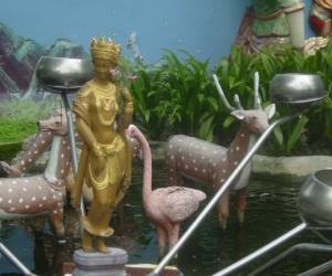 zuzka_musilova_na_cestach_shrine_-of_-dhammikarama_-burmese_-temple_penang_1605