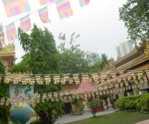 zuzka_musilova_na_cestach_shrine_-of_-dhammikarama_-burmese_-temple_penang_1607