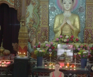 zuzka_musilova_na_cestach_shrine_-of_-dhammikarama_-burmese_-temple_penang_1616
