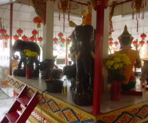 zuzka_musilova_na_cestach_wat_-chaiya_-mangkalaram_-temple_-penang-_1627