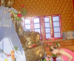 zuzka_musilova_na_cestach_wat_-chaiya_-mangkalaram_-temple_-penang-_1635