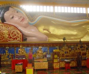 zuzka_musilova_na_cestach_wat_-chaiya_-mangkalaram_-temple_-penang-_1640
