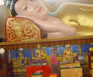 zuzka_musilova_na_cestach_wat_-chaiya_-mangkalaram_-temple_-penang-_1641